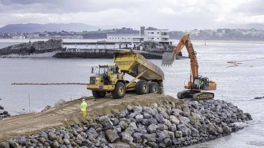 PRC pedirá en Santander y el Parlamento la paralización de los espigones de La Magdalena