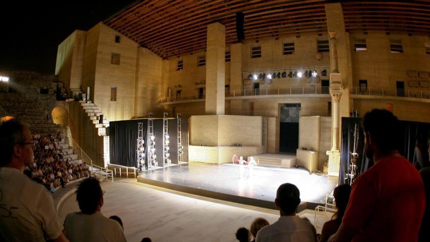 El teatro romano de Sagunto durante un espectáculo de danza