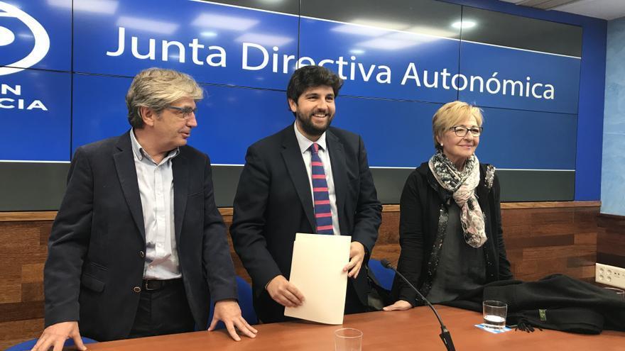 Junta directiva del Congreso extraordinario del PP en Murcia