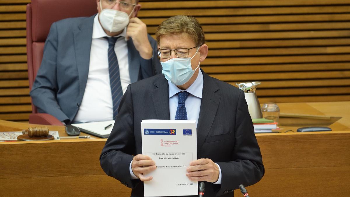 El president Ximo Puig dirant el debat de política general en les Corts.