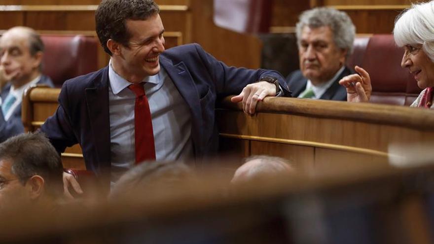 """Casado denuncia el intento de """"debilitar"""" su imagen como candidato del PP"""