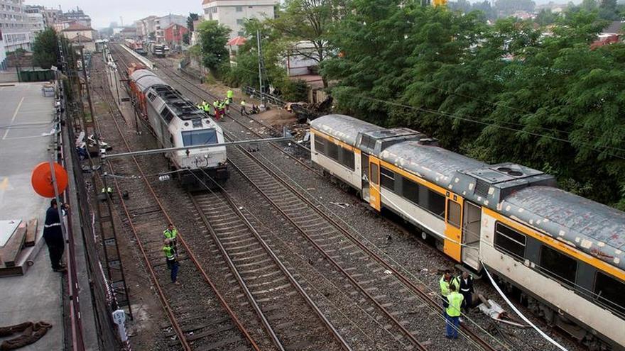 O Porriño (Pontevedra) rinde tributo a las víctimas del accidente ferroviario