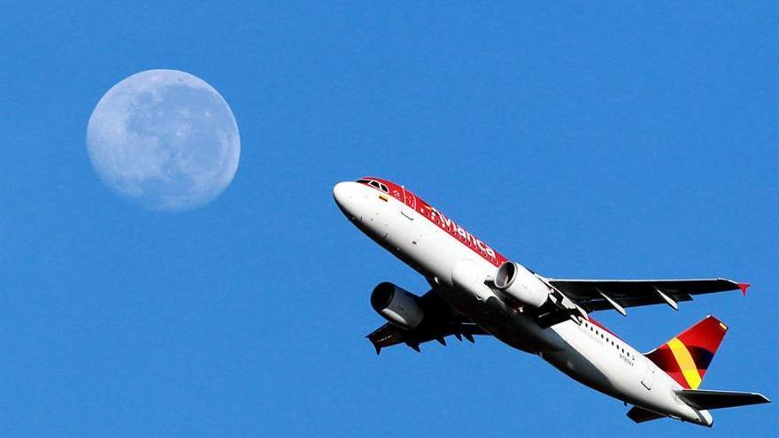 Los pilotos de Avianca en huelga votan para decidir si terminan su huelga