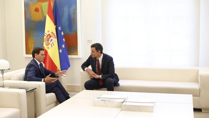 Rivera pide a Sánchez activar el 155 emplazando a Torra a aplicar la Constitución