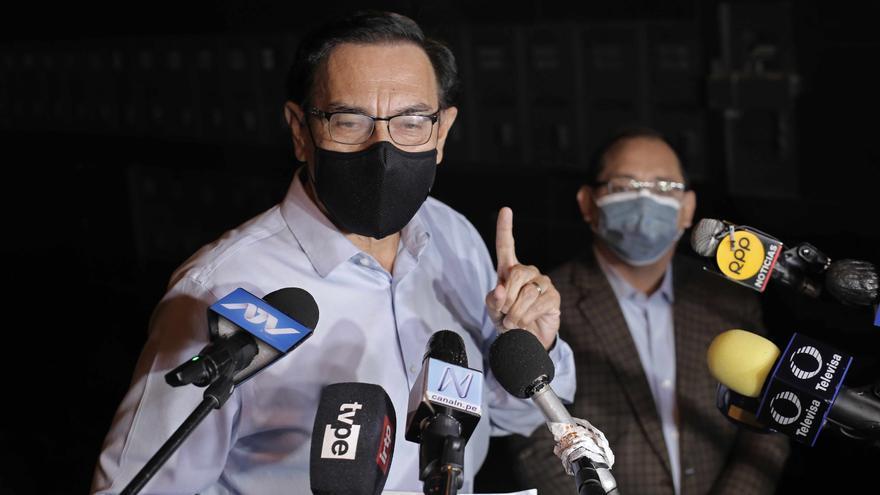 El expresidente peruano Vizcarra se vacuna por segunda vez contra la covid-19