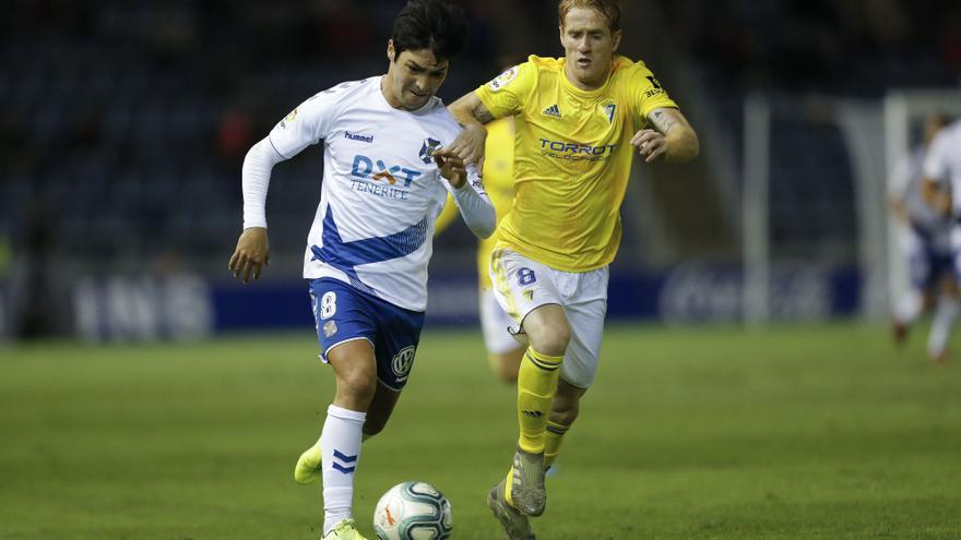 Borja Lasso durante el Tenerife-Cádiz.