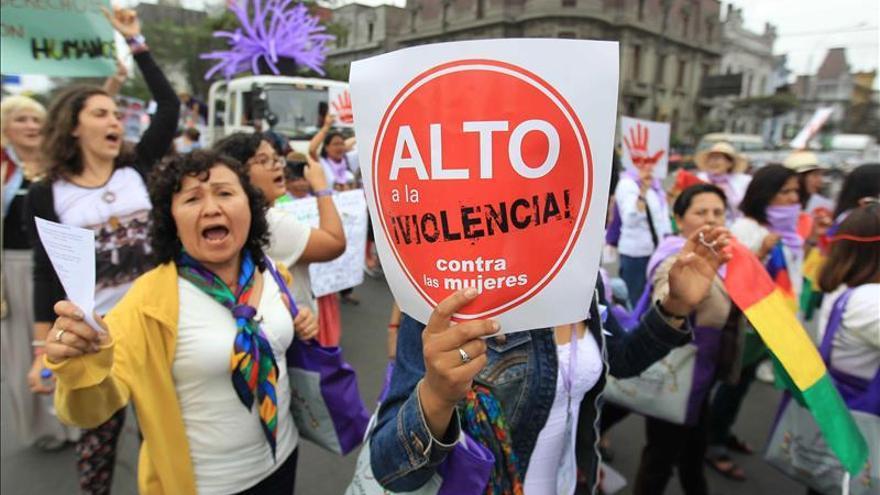Encuentro feminista concluyó en Lima con una marcha contra la violencia