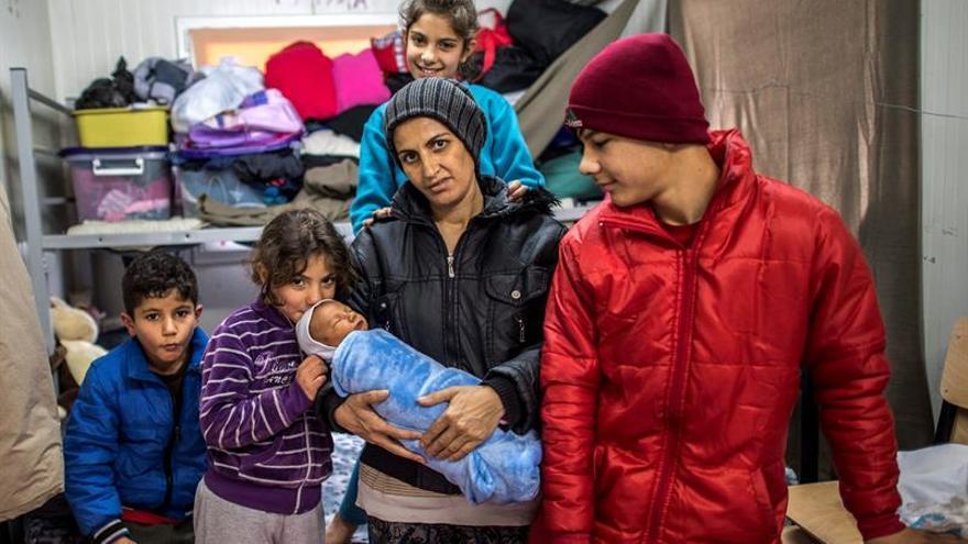 """Bruselas reconoce """"problemas"""" en el uso de los fondos para refugiados"""