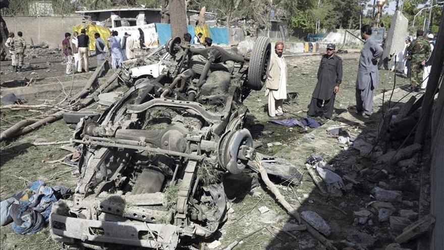 Al menos diez muertos en un doble atentado en el noroeste de Pakistán
