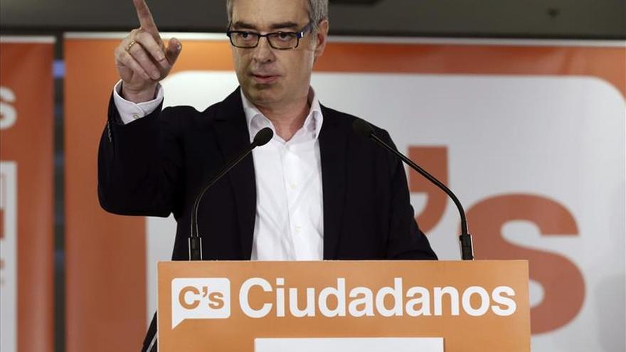 Ciudadanos afirma que la cordura de los catalanes pondrá a Artur Mas en su sitio el 27S