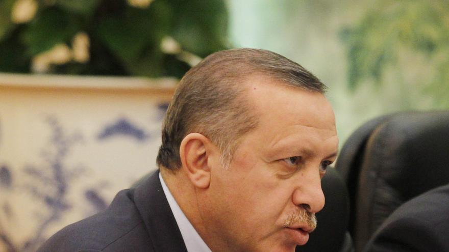 Obama pidió a Erdogan ayuda en la condena de la violencia contra EEUU