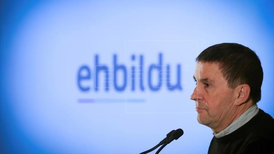 EH Bildu: La declaración de ETA es una contribución definitiva a la paz