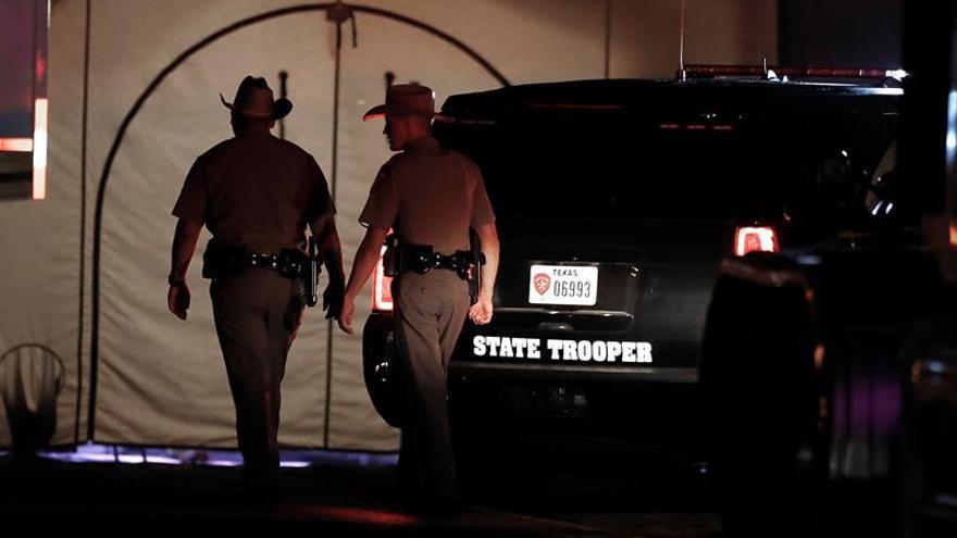"""Trump dice que el tiroteo de Texas es """"un problema de salud mental"""""""