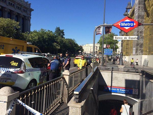 Dispositivo Emergencias Madrid accidente ciclista BiciMAD   Fotografía: Emergencias Madrid