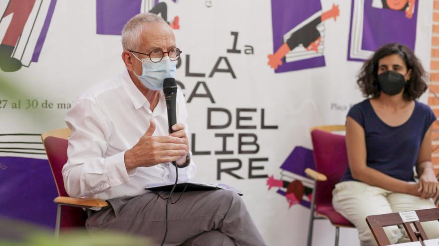 Un moment de la presentació de l'enquesta anual sobre Hàbits de Lectura i Compra de Llibres a la Comunitat Valenciana en 2020, encarregada per FULL, Fundació pel Llibre i la Lectura.