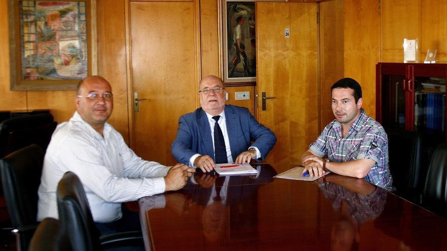 El Gobierno estudia abrir una oficina delegada del Servicio Cántabro de Empleo en Ramales