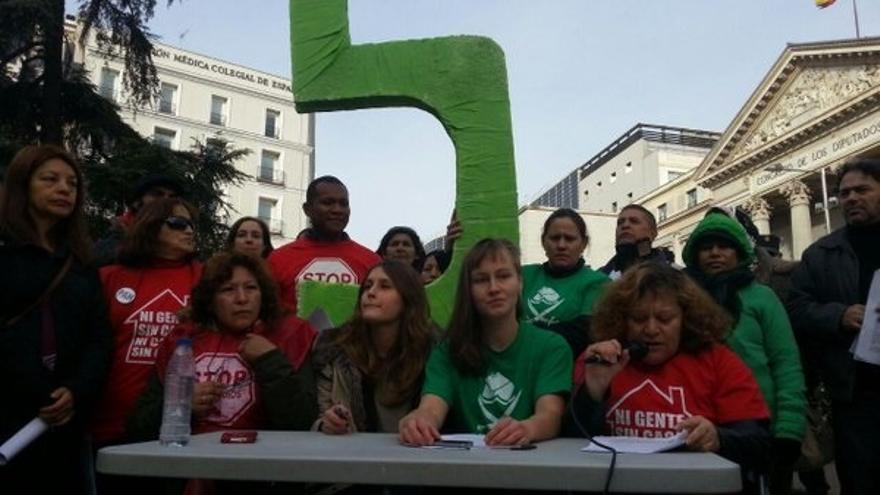 """La PAH exige al nuevo Congreso que legisle """"con urgencia"""" para acabar con los desahucios"""