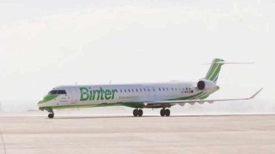 Avión como el que se utilizará para unir Tenerife con Lisboa