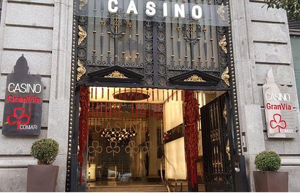 Decoración del Casino Gran Vía para recibir al Año del Perro | Fotografía: Casino Gran Vía