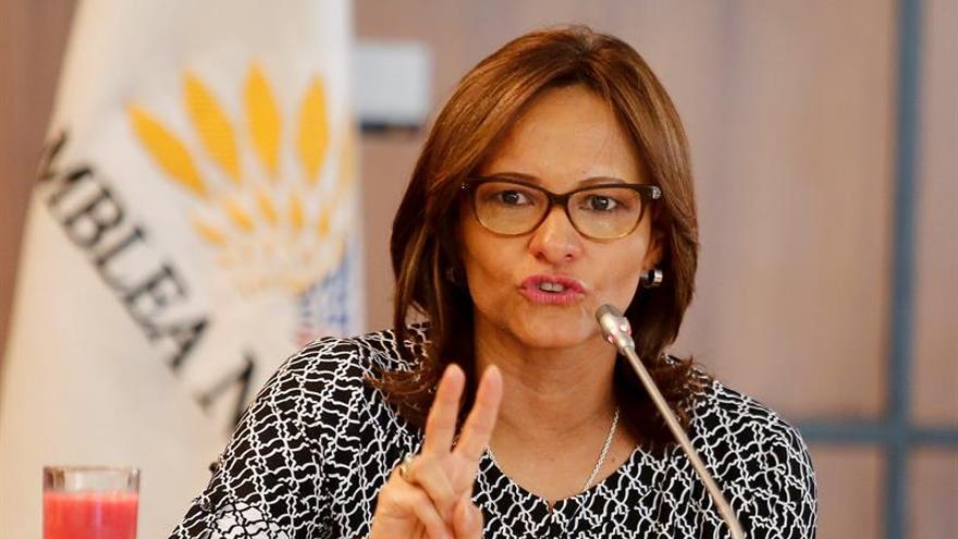 Ecuador busca recuperar 35.000 millones de dólares desviados con un proyecto de ley