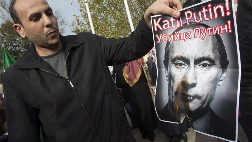 Rusia castiga la obstinación de Erdogan con la imposición de visados a los turcos