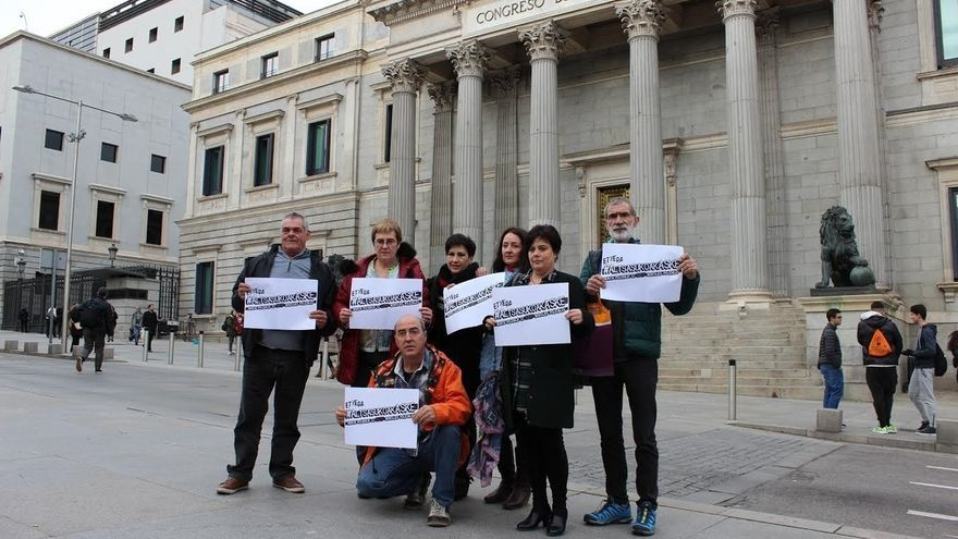 """Familiares de los detenidos en Alsasua se reúnen con partidos del Congreso para trasladarles su """"preocupación"""""""