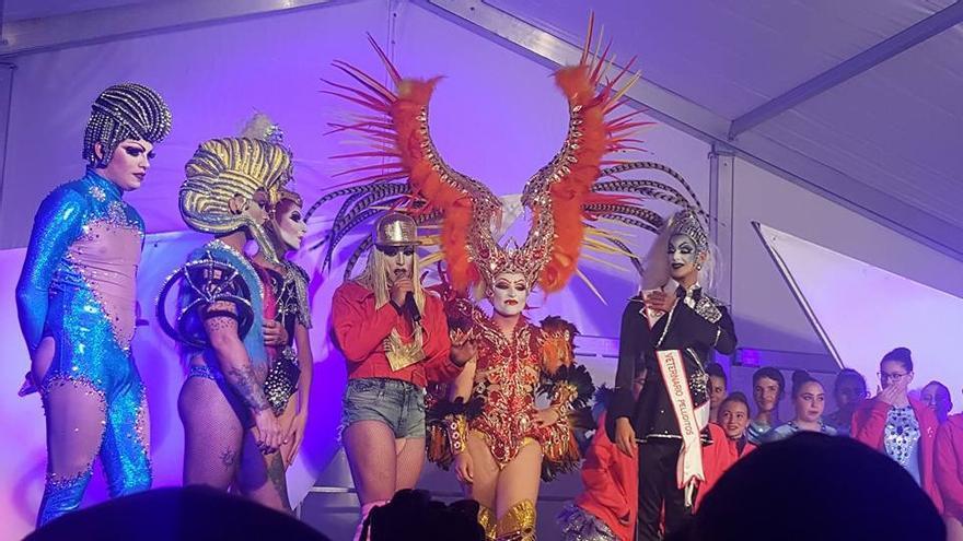 Un momento de la gala drag queen celebrada el pasado sábado en El Llanito.