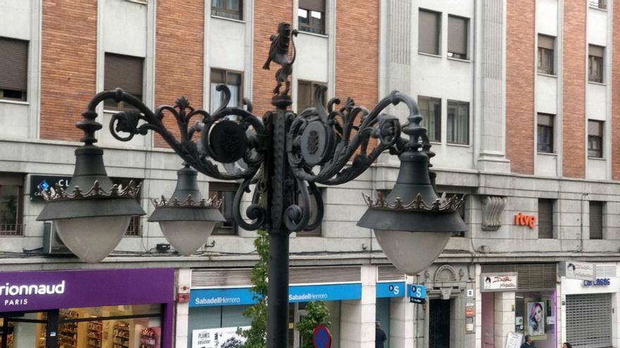 Farolas en la ciudad de León