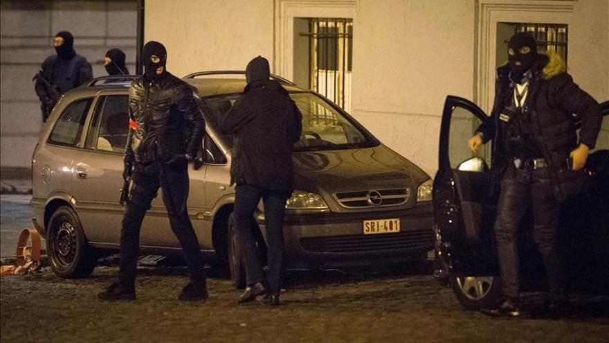 Policía belga no logra detener a Salah Abdeslam en operativos antiterroristas