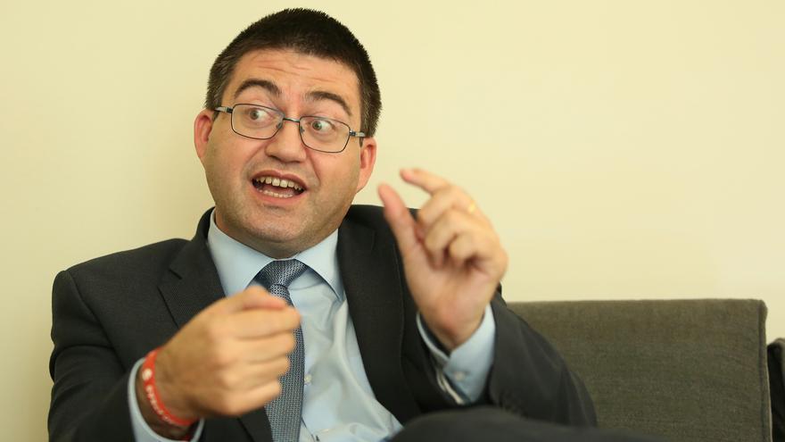 Carlos Sánchez Mato durante la entrevista con eldiario.es. Foto: Marta Jara