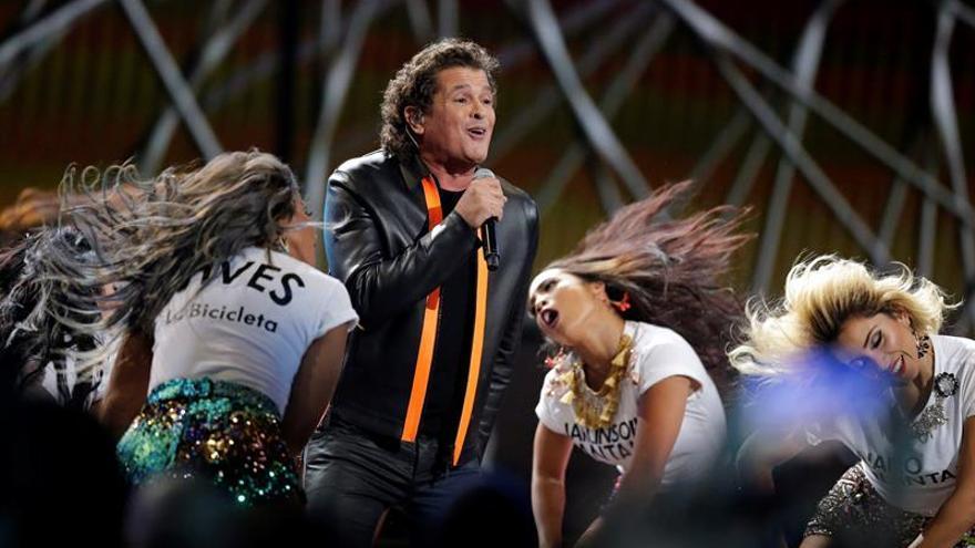 Numerosas críticas a Vives por no llevar a Shakira en su bicicleta del Grammy