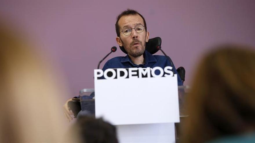 Echenique asegura que no hay contactos con el PSOE y que siguen a la espera