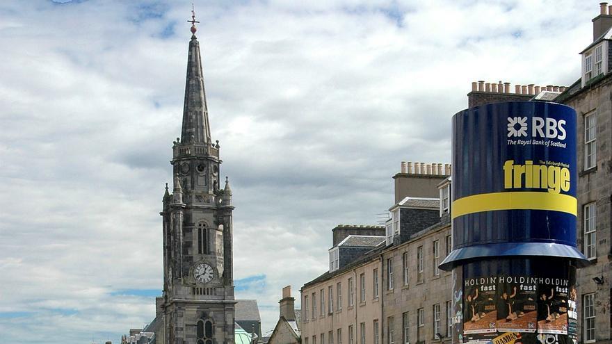 La vida vuelve a las calles de Edimburgo gracias a sus festivales