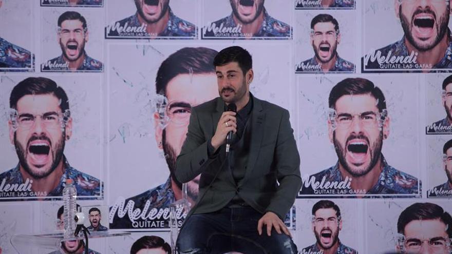 """Melendi presenta en México su nuevo disco, una """"oda a la felicidad"""""""