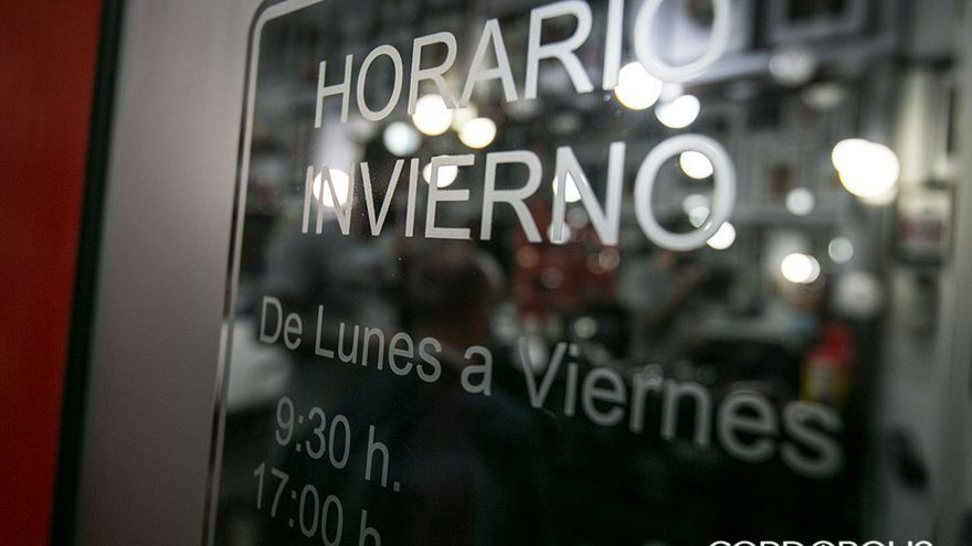 Algunos comercios han adaptado sus horarios a jornada continua | MADERO CUBERO