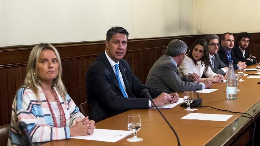 """Arrimadas y Albiol reivindican la """"dignidad"""" de víctimas ante visita de Otegi"""