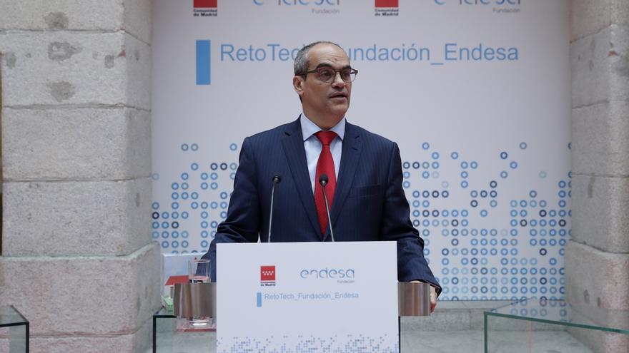 """Consejero madrileño de Educación dice que no presionó """"en absoluto"""" al rector de la URJC por Cifuentes"""