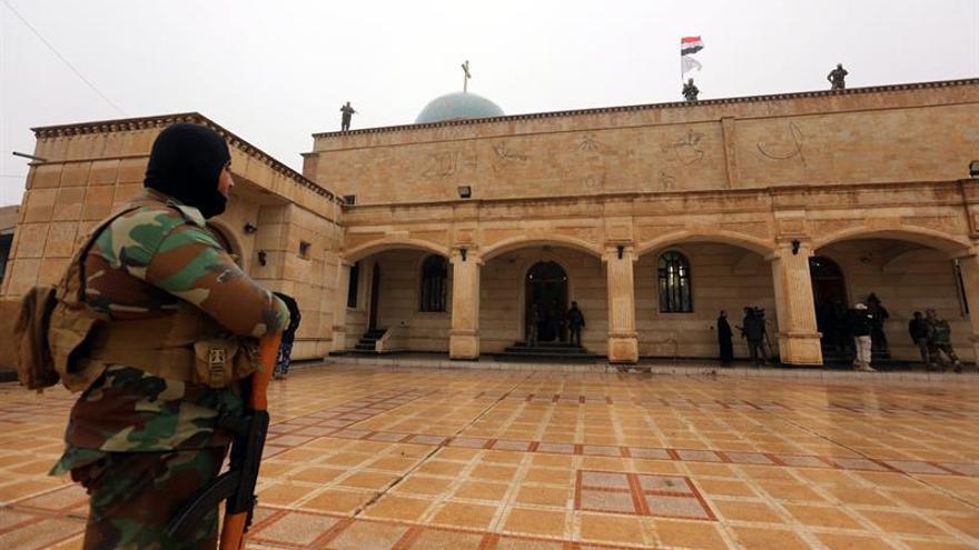 Más de 50 muertos y heridos por fuego cruzado entre milicias y el EI en Irak
