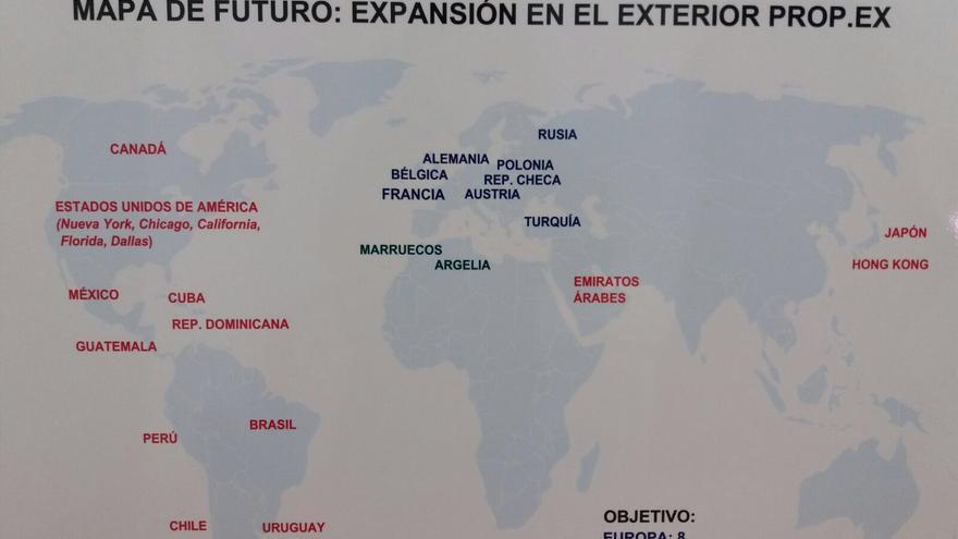 Camps baraj un plan para abrir 40 embajadas valencianas for Oficinas prop valencia