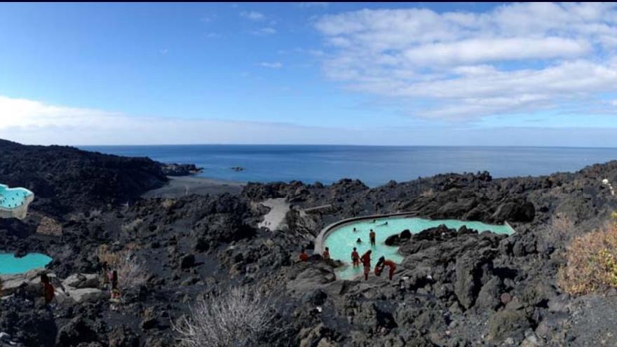 En la imagen, recreación exterior del balneario de Fuente Santa.