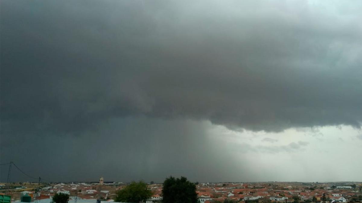 Imagen de una tormenta en el norte de la provincia