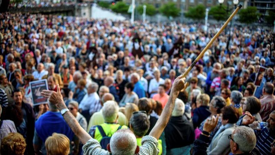 Miles de pensionistas vascos exigen apuntalar el sistema público de pensiones