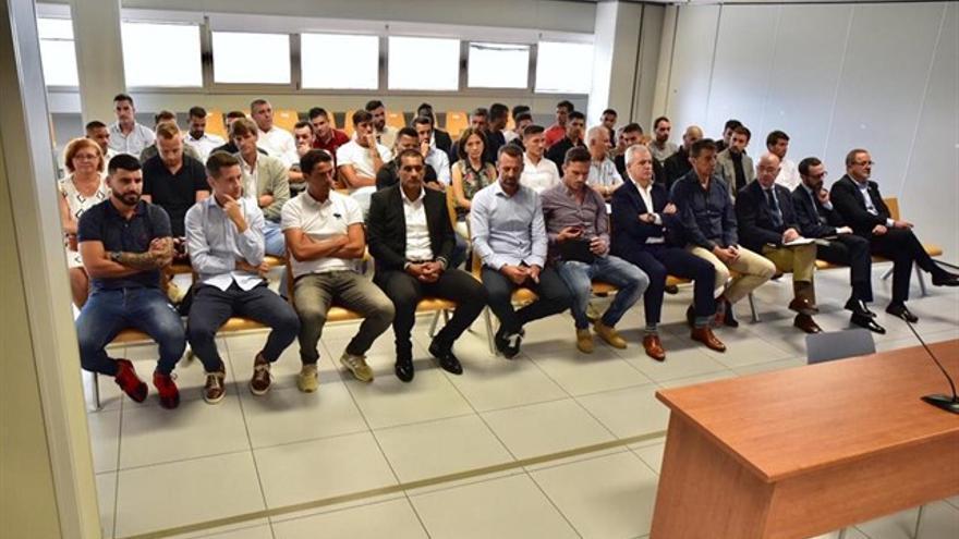 Banquillo de acusados en el juicio por el supuesto amaño de un partido entre el Zaragoza y el Levante.