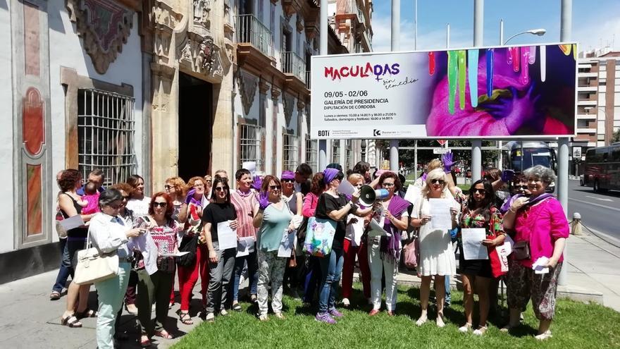 """Feministas piden defender la exposición 'Maculadas sin remedio' en Córdoba y que cesen los """"discursos de odio"""""""