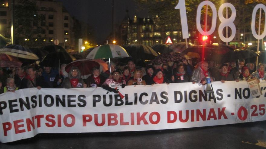 """ELA, LAB, pensionistas y agentes sociales convocan el 30 de enero la huelga general por """"un trabajo y pensiones dignos"""""""