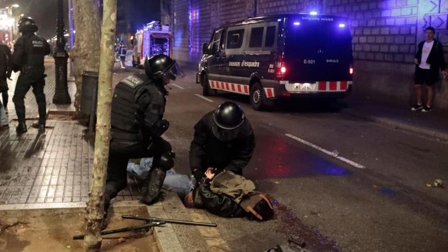 Un detenido en la Rambla de Barcelona