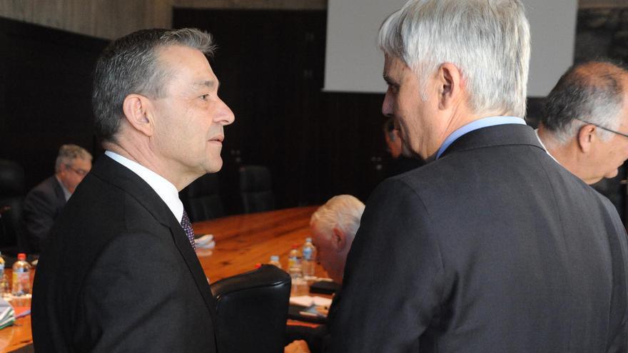Paulino Rivero y José Miguel Pérez.