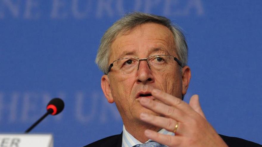 """Juncker confía en que los británicos """"harán lo correcto"""" y seguirán en la UE"""