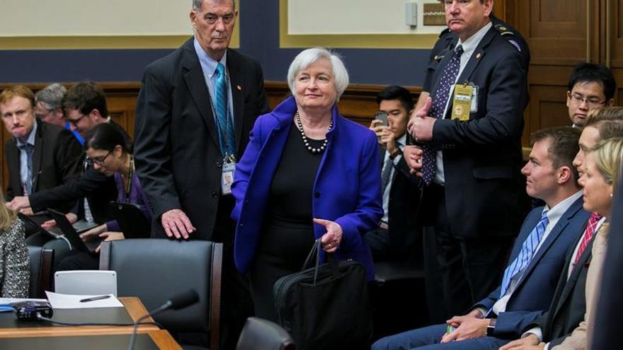 Yellen niega la influencia de las elecciones en la política monetaria de EE.UU.