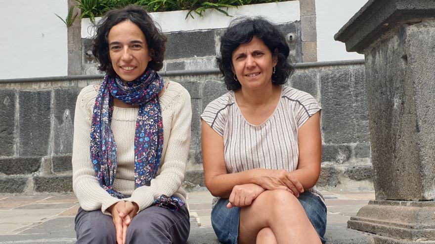 Beatriz Errea (i) y Charo Morán.